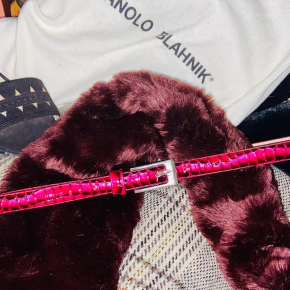 Thin Dark Pink & Black Snakeskin Textured Belt